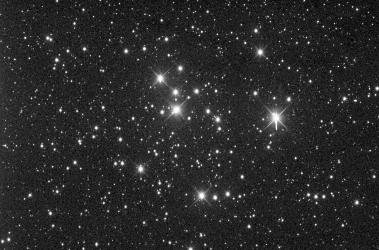 """M47 aufgenommen mit einem RC Optical System 12.5"""" Teleskop und einer SBIG ST-8 CCD Kamera. Norden ist oben, Osten links."""