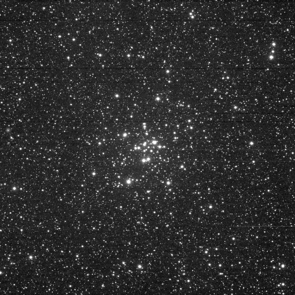 M34 aufgenommen mit einem Takahashi FSQ-106 Refraktor und einer SBIG STL-11000M CCD Kamera. Norden ist oben, Osten links.