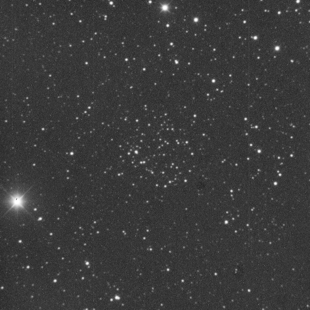 NGC 1605 aufgenommen mit einem Takahashi Mewlon 300 Teleskop und einer SBIG ST-1000 Kamera.